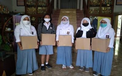 Lintas Alumni TRAPPSILA SMA 9 Yogyakarta 'BERBAGI KASIH'