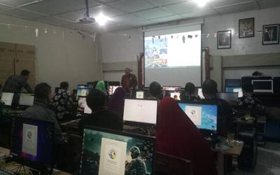 SMAN 9 Yogyakarta Selenggarakan Pelatihan CBT bagi Guru
